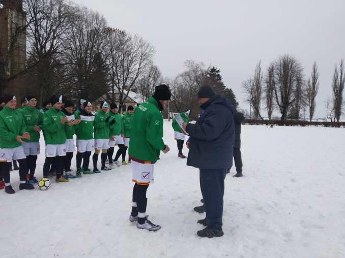 Команда футболістів-лісівників здобула кубок переможця