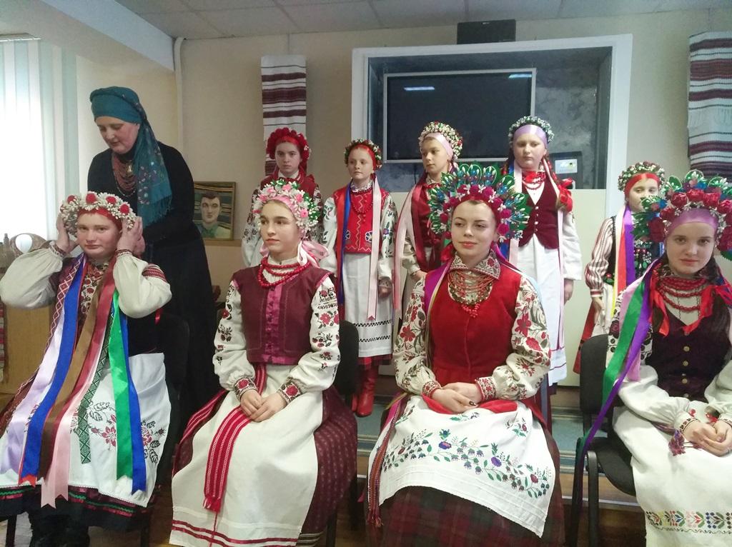 У Луцьку розповіли цікавинки про одяг українців. ФОТО