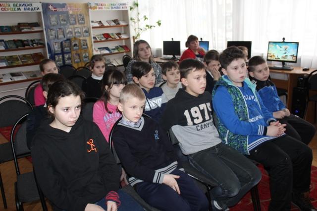 Луцьким школярам розповіли про наслідки необережності на льоду