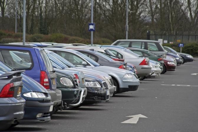 У Луцьку працюватимуть над організацією паркувальних майданчиків