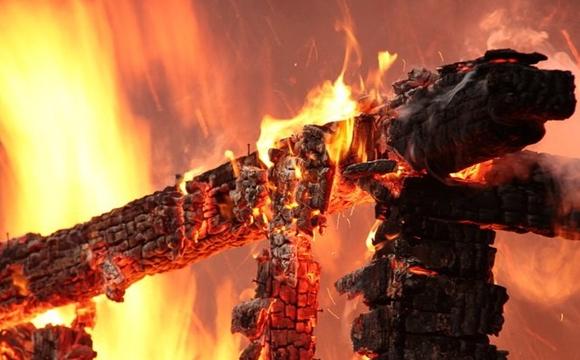 На Волині під час пожежі ледь не загинула пенсіонерка