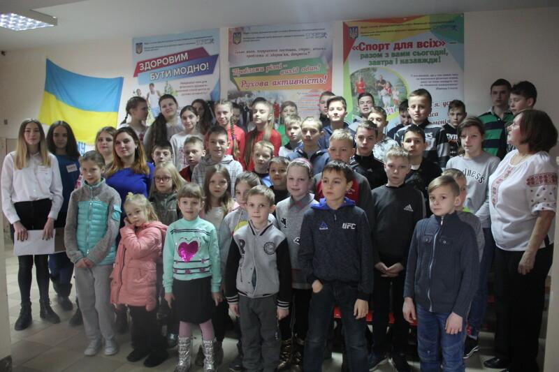 У Луцьку юнаки та дівчата декламували вірші великого Кобзаря. ФОТО
