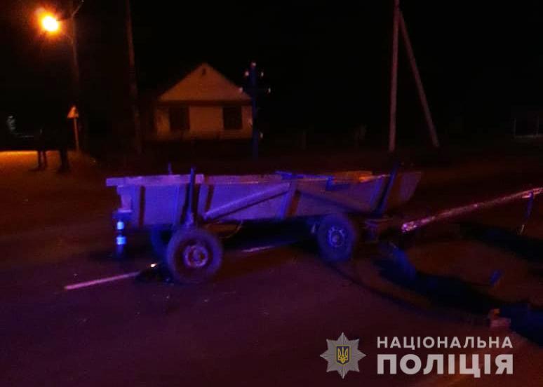 На Волині авто врізалось у кінну підводу, постраждала дитина. ФОТО