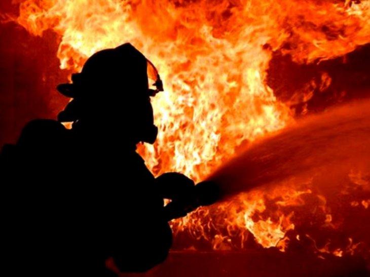 На Волині обрив високовольтної лінії спричинив пожежу