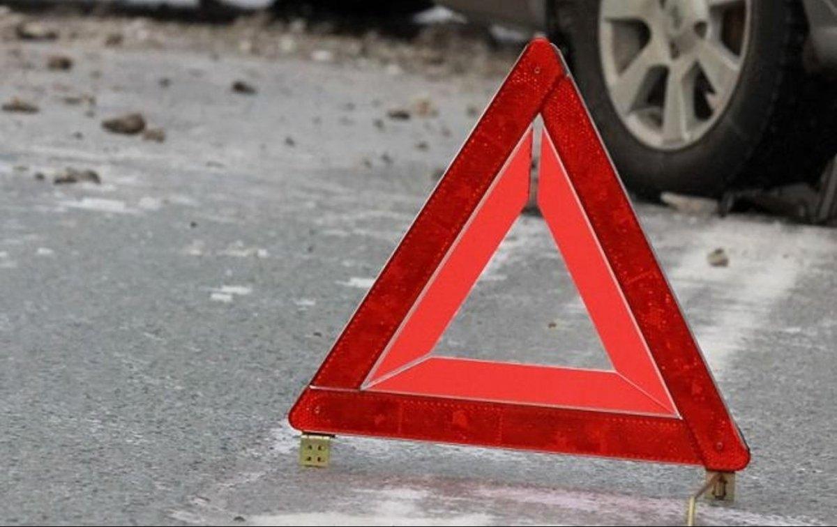 На Волині автомобіль на смерть збив пішохода