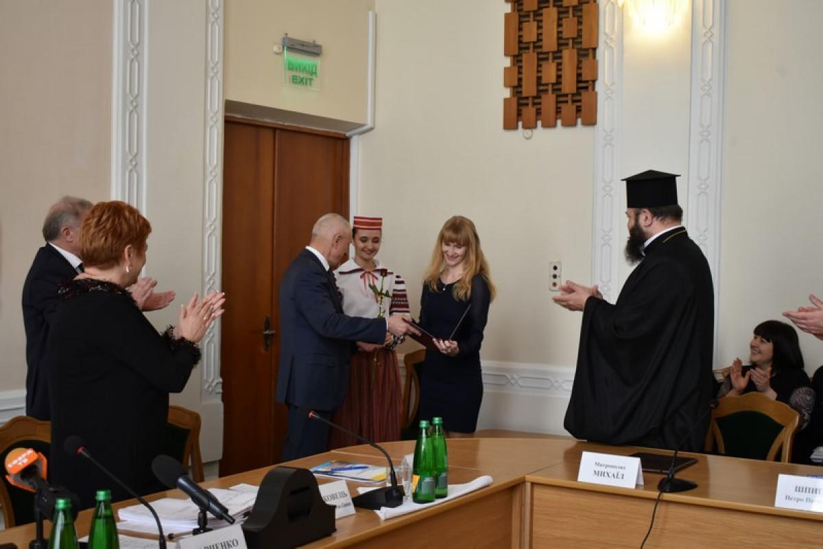 Олександр Савченко вручив волинянам державні нагороди. ФОТО