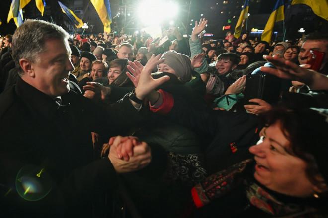 Порошенко подякував волинянам за надійний тил і волонтерський рух