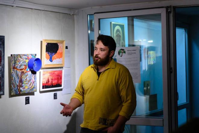У Луцьку відкрили виставку картин учасника російсько-української війни