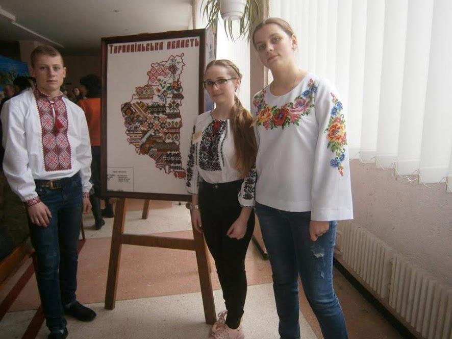 Учениця з Волині отримала нагороду на Всеукраїнському конкурсі екскурсоводів шкільних музеїв
