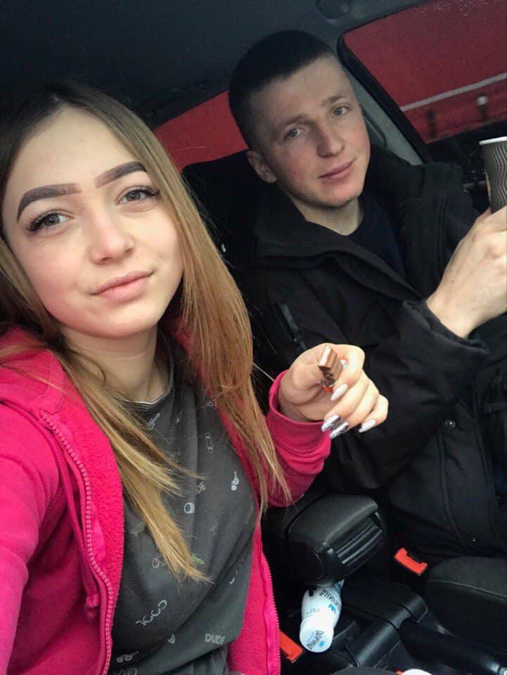 Волинянин, який навмисно переїхав двічі собаку, був в авто разом зі школяркою. ВІДЕО