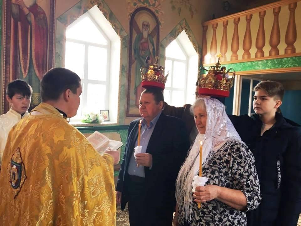 Батьки депутата Луцькради повінчалися. ФОТО