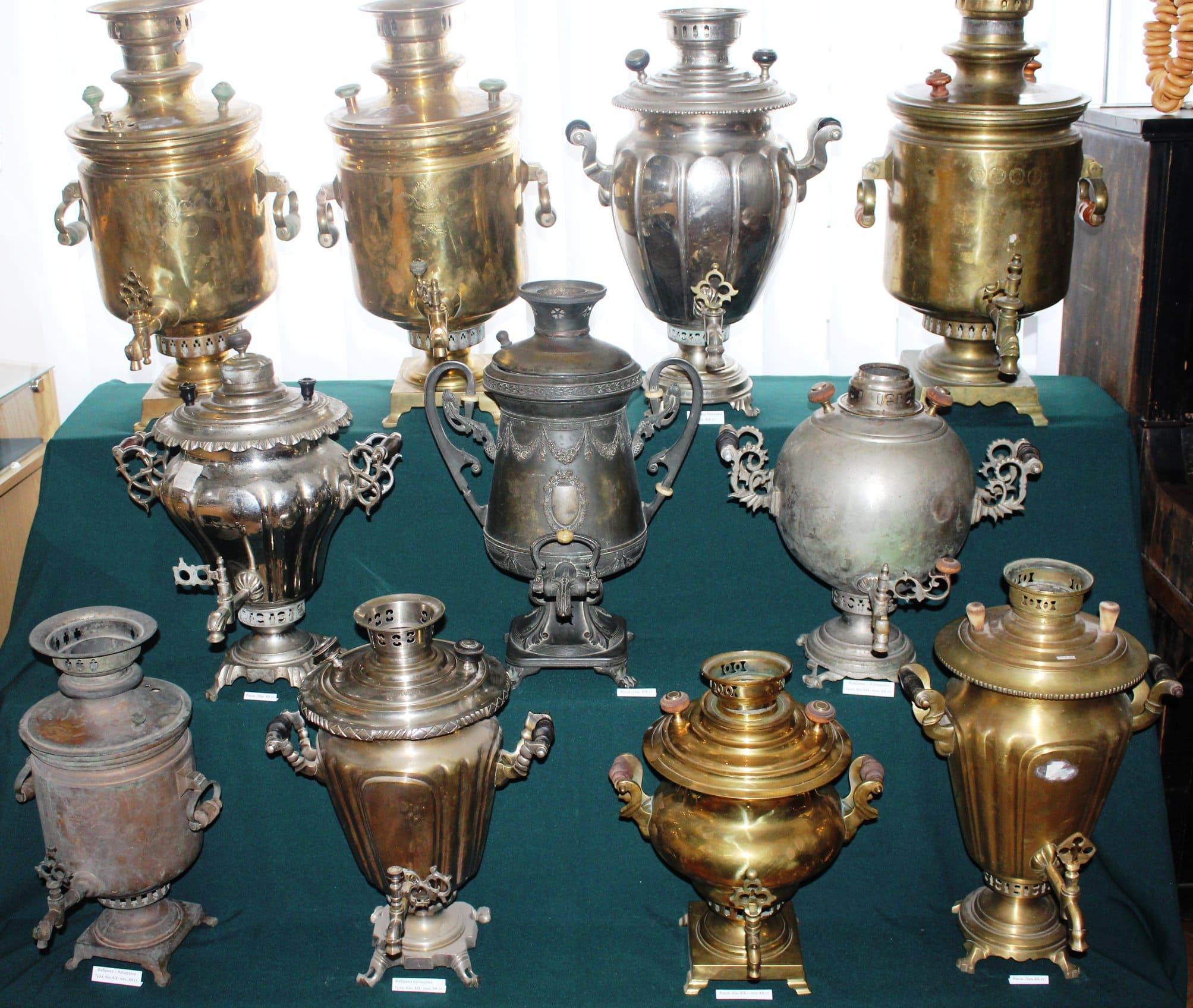 У музеї на Волині покажуть посуд для чаювання 19-20 століть. ФОТО