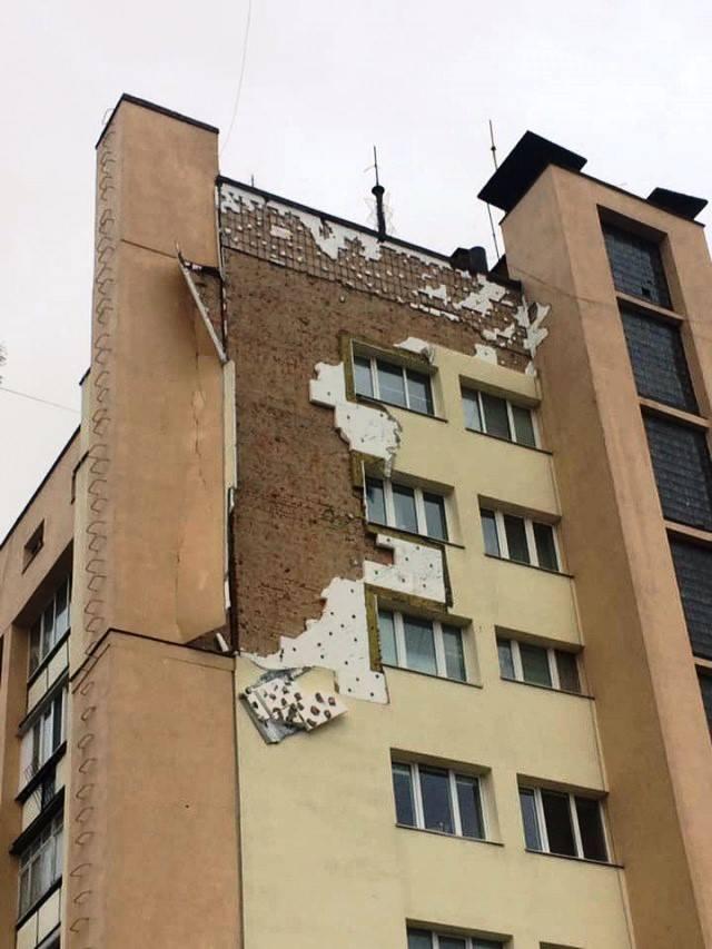Будинок у центрі Луцька відновлять за кошти підрядника