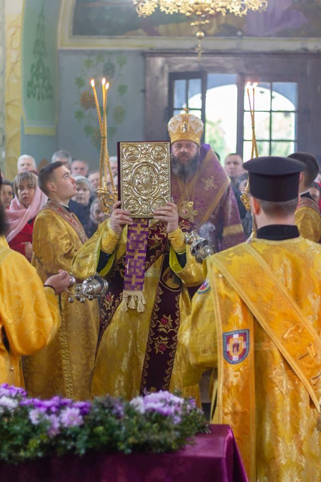 У храмі поблизу Луцька вперше за 78 років богослужіння очолив український архієрей