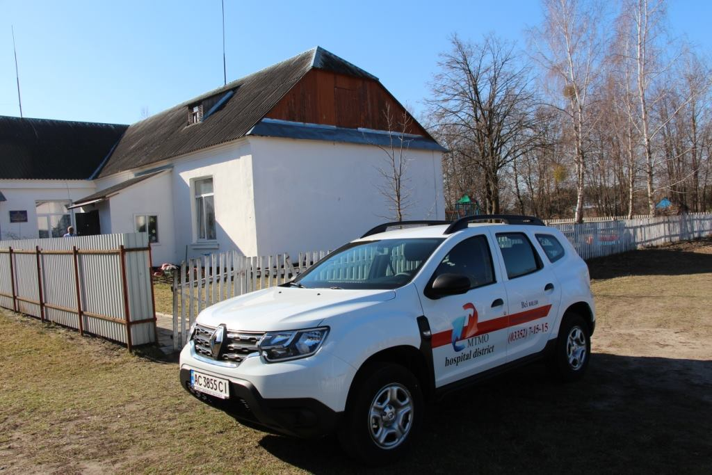 Амбулаторії Волині збагатилися двома новими автомобілями. ФОТО