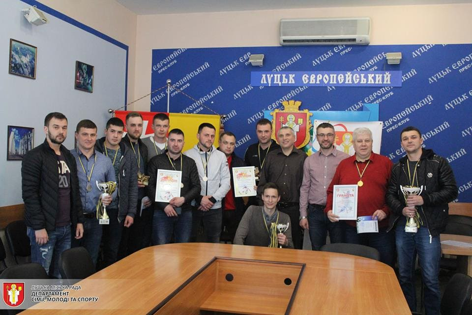 У Луцьку нагородили кращих футболістів. ФОТО