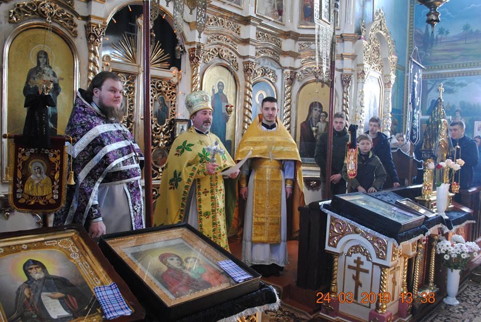 Декани представляють настоятелів у нових парафіях ПЦУ на Волині. ФОТО