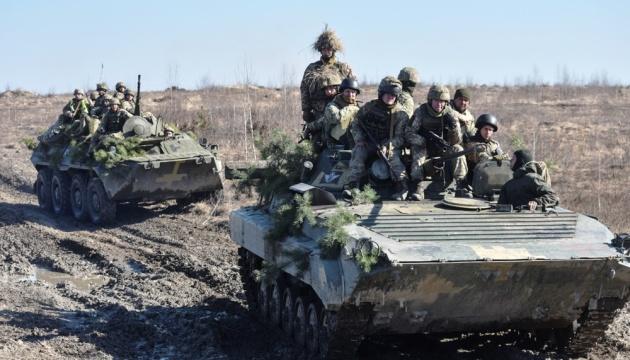 На Донбасі зафіксували три прицільні обстріли позицій ЗСУ