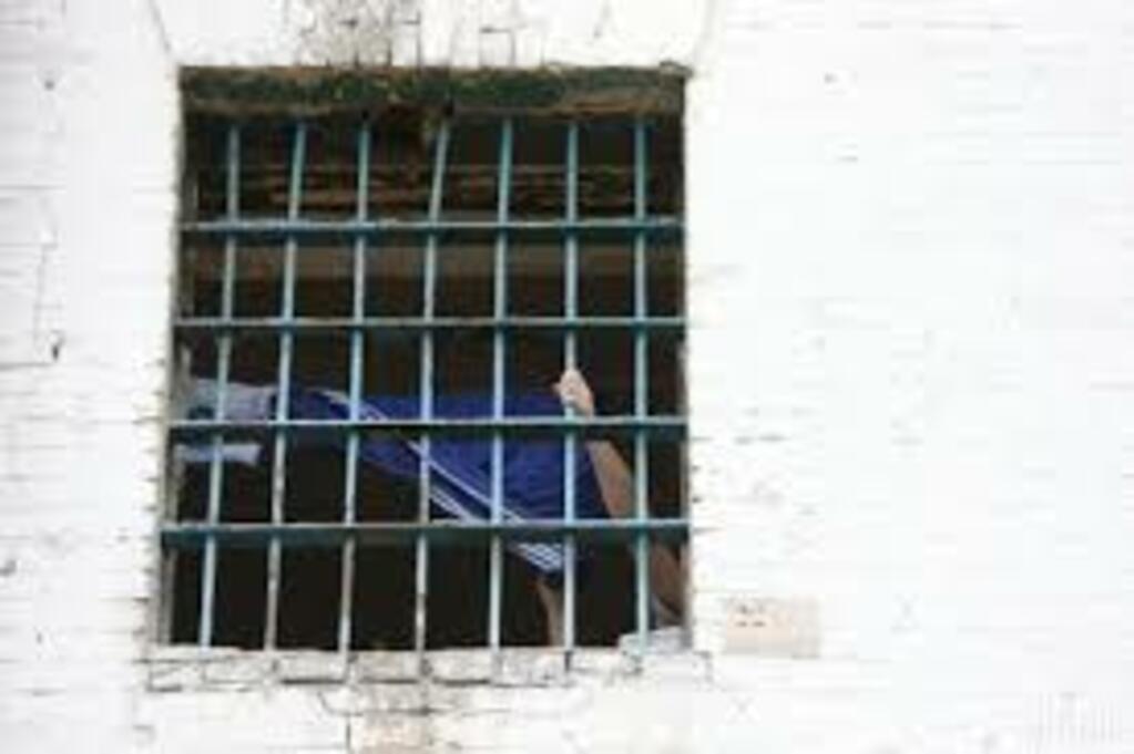 На Волині засудженому, який намагався дати хабар, додали два роки позбавлення волі