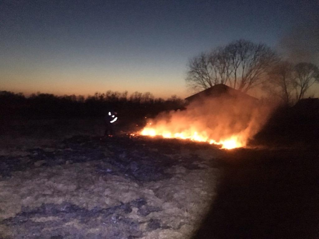 На Волині гасять пожежу на торф'янику. ФОТО
