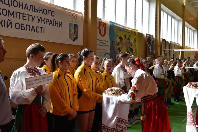 У Луцьку з волейболу змагатимуться  жіночі команди України та Білорусі. ФОТО