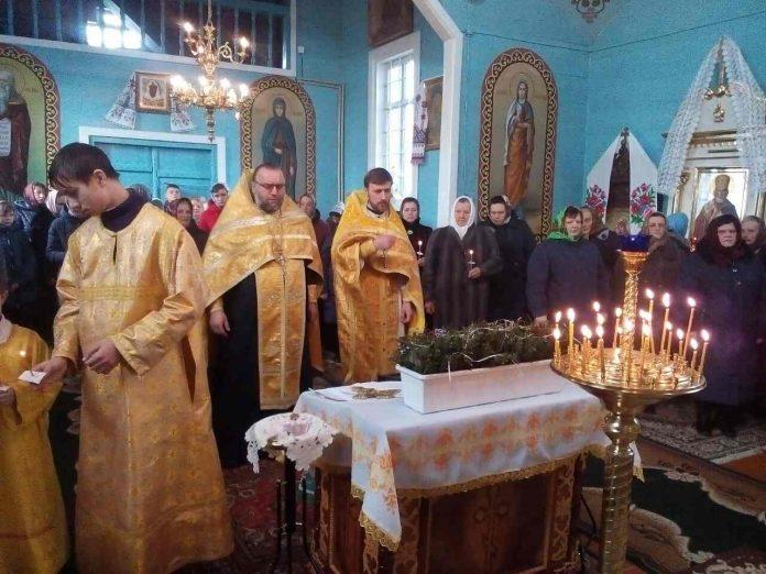 Волинське село хоче бути із Московським Патріархатом та Онуфрієм