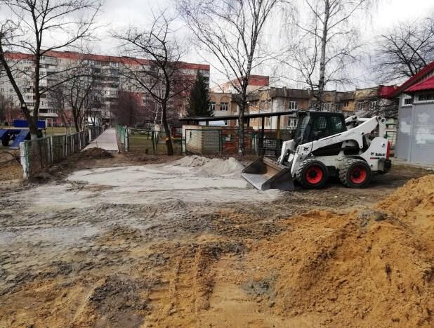 У Луцьку розпочали роботи з благоустрою територій. ФОТО