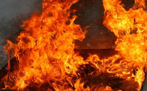 Через спалювання сухої трави у Ковелі загорівся дачний будинок