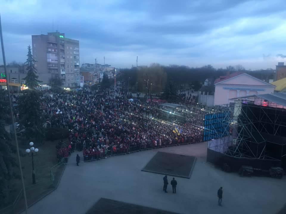 Петро Порошенко у Ковелі розповів, що зі своєю дружиною з 17-ти років