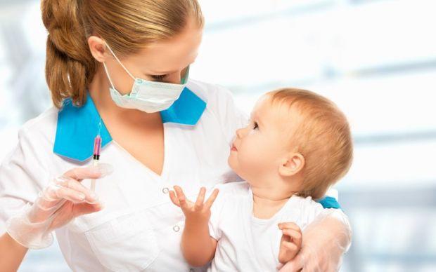 У Луцьку батьки мітингуватимуть проти вакцинації