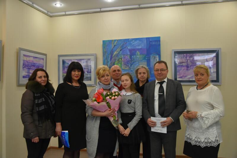 У арт-галереї відкрили виставку картин луцької художниці. ФОТО