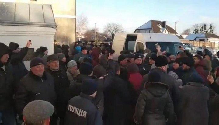 Священик, який стріляв по людях біля Луцька, скаржиться на волинського прокурора