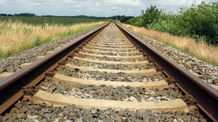 Потяг насмерть переїхав жінку на Волині
