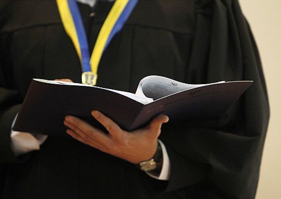 Скільки заробляє суддя, племінниця голови волинського суду