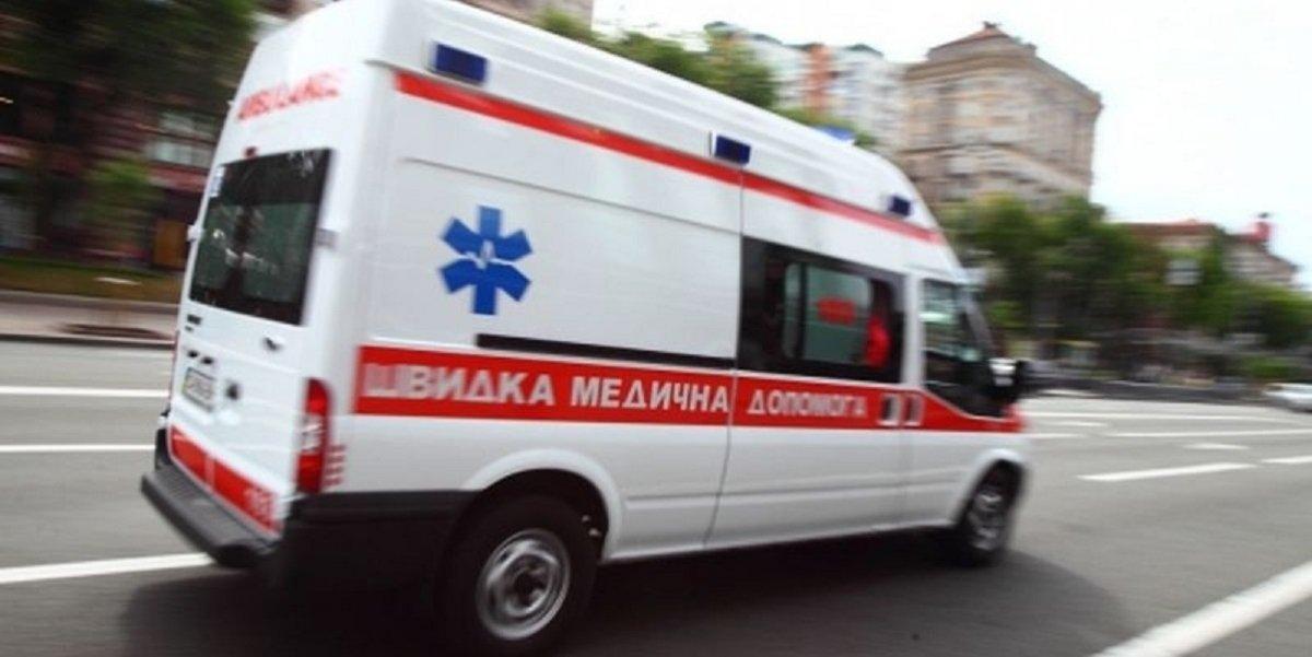 Волинські медики здійснили складне перевезення важко травмованого пацієнта