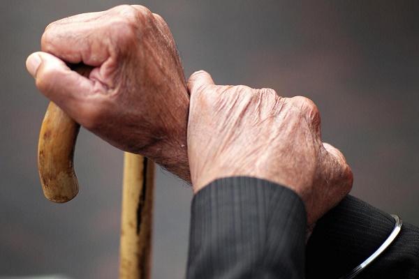 На Волині гостя обікрала пенсіонера