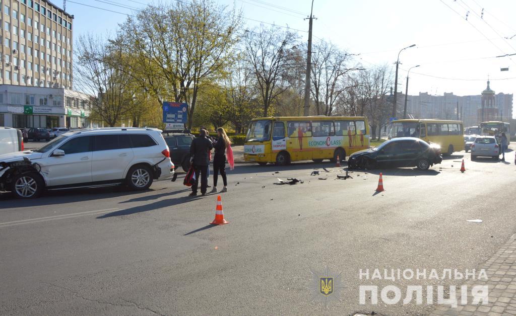 У Луцьку шукають свідків автопригоди, в якій постраждав однорічний хлопчик
