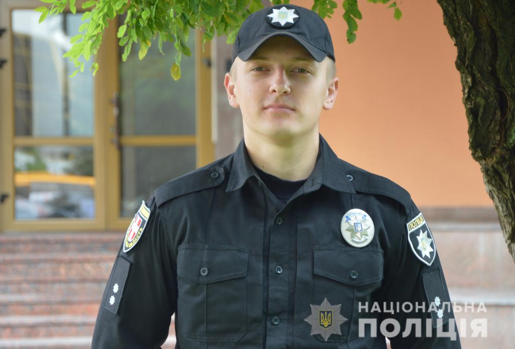 Дільничний офіцер поліції у Луцьку – чемпіон України з армреслінгу. ВІДЕО