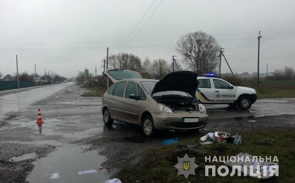 У місті на Волині зіткнулись дві автівки, постраждала водій. ФОТО