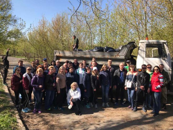 У Луцьку під час природоохоронної акції зібрали близько п'яти тонн сміття