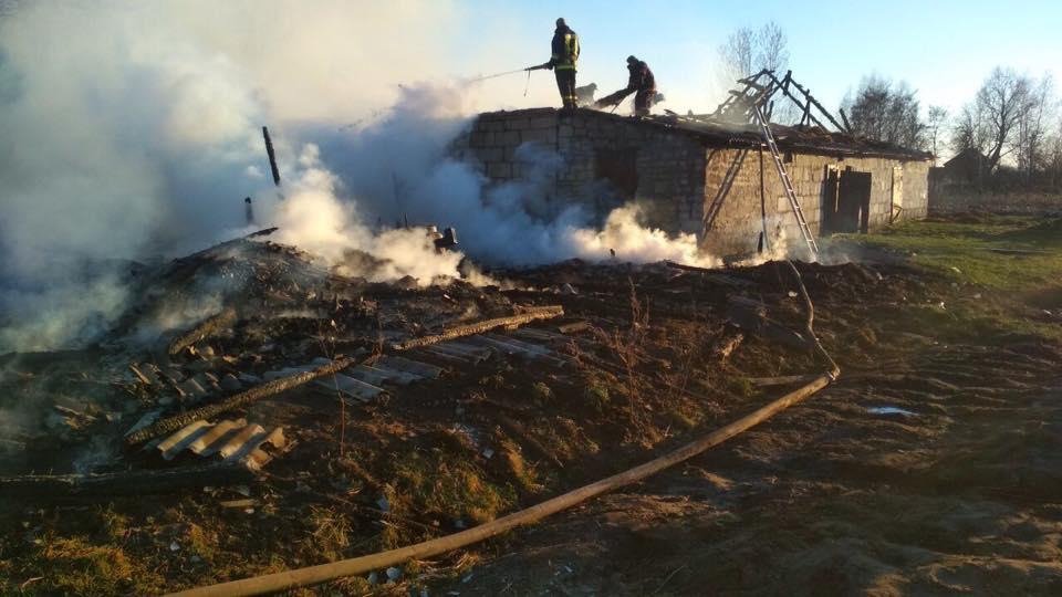 На Волині дитячі пустощі з вогнем призвели до пожежі. ФОТО