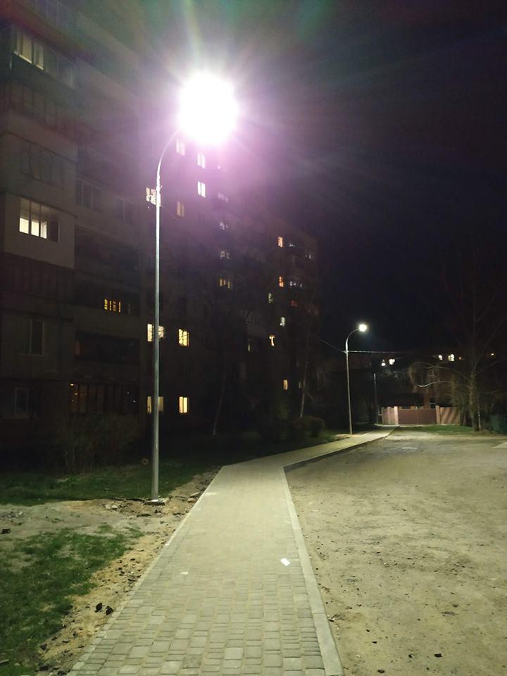 У Луцьку облаштували пішохідні доріжки. ФОТО