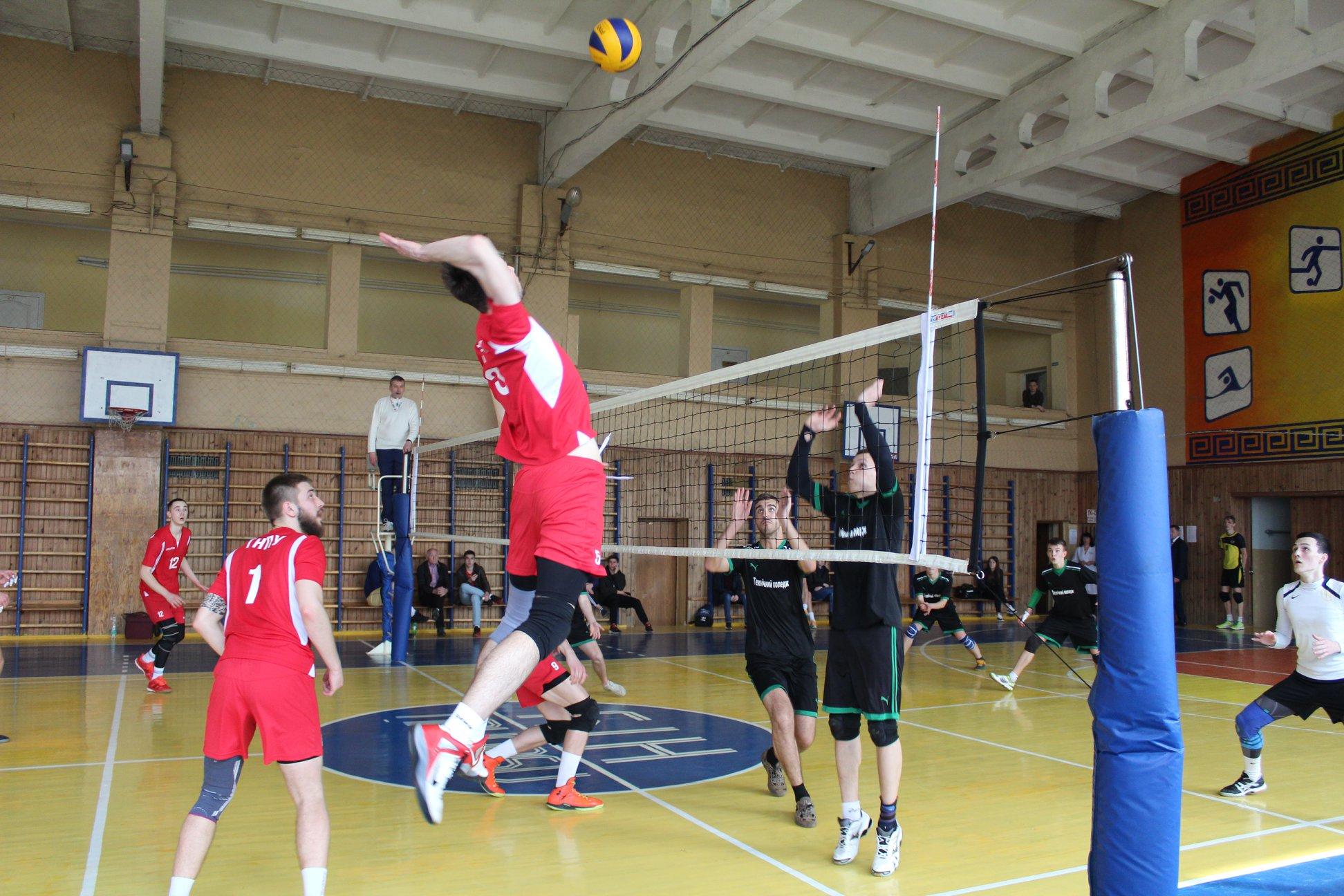 У Луцьку відбувся всеукраїнський волейбольний турнір