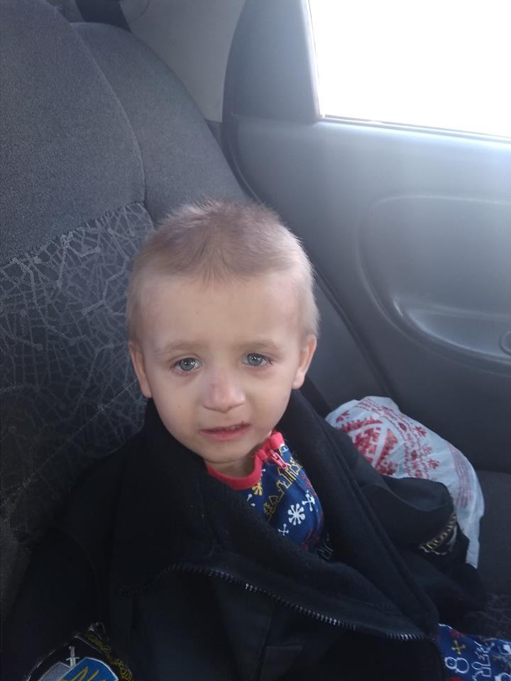 У Луцьку знайшли маленького хлопчика – розшукують батьків. ФОТО