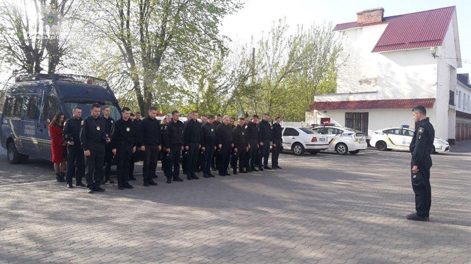 Волинські патрульні вшанували героїв-ліквідаторів Чорнобильської трагедії