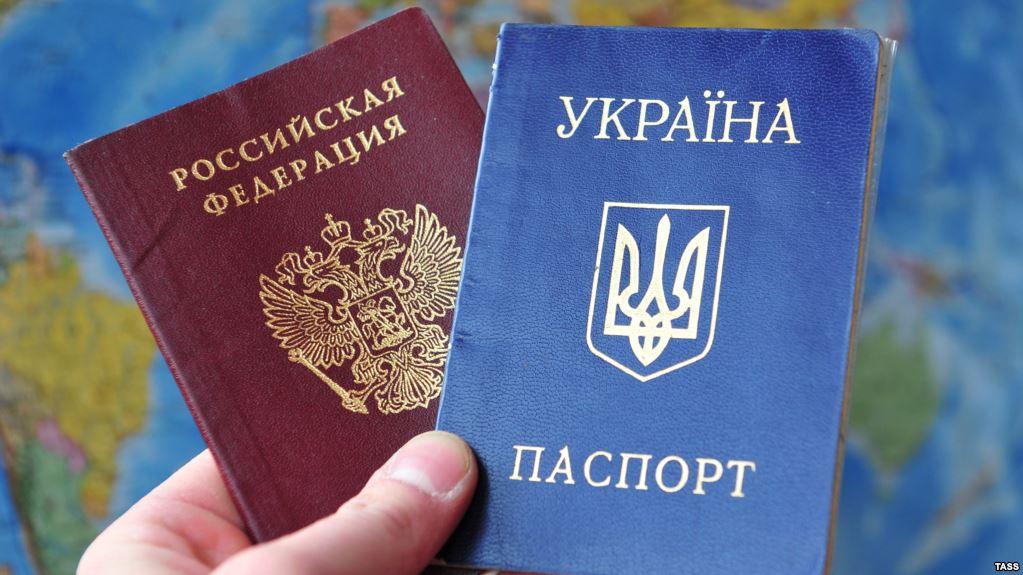 Путін думає спрощено видавати паспорти всім українцям