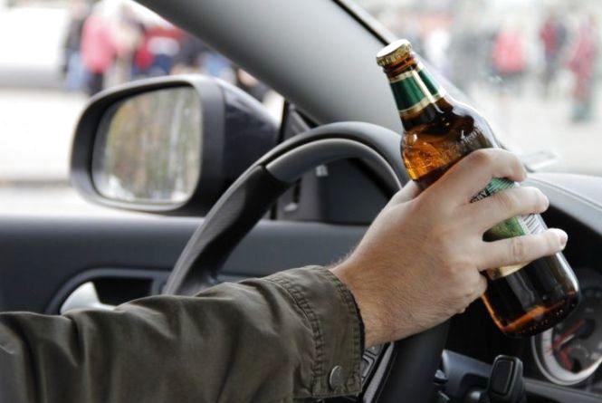 На Волині п'яний водій хотів відкупитись від поліції