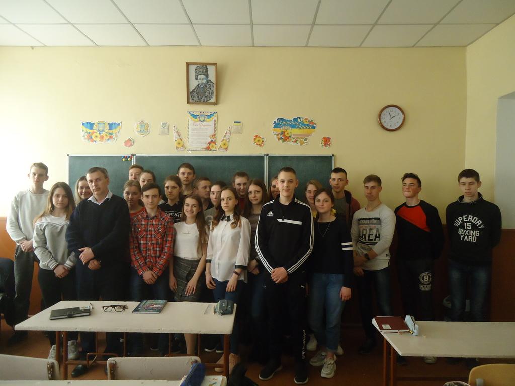 Ківерцівським школярам розповіли про відповідальність за вчинення злочинів