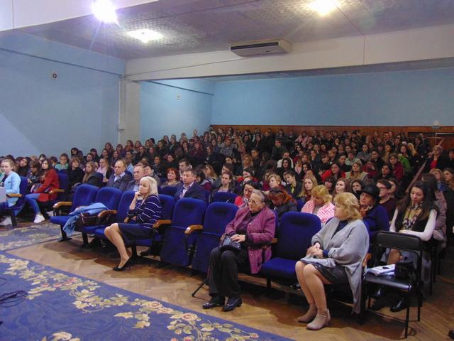 У Луцьку майбутнім педагогам розповіли, як проголосувати без порушень