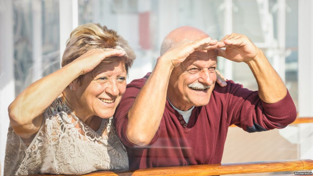 Тривалість життя людей зростає у всьому світі